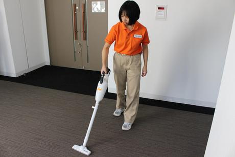 渋谷駅直結の商業施設の夜間清掃スタッフ募集!